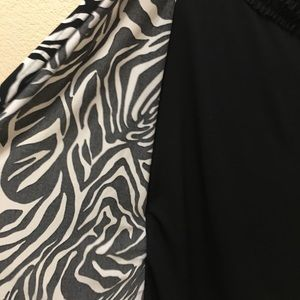 East 5th Tops - east5th Petite Large Black & White 3/4 Sleeve Top